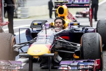 F1: Webber sisak nélkül fejezte be karrierjét - videó