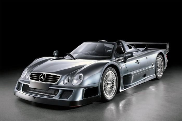 Mercedes CLK-GTR (20 kupé, 6 roadster) - 6,9 literes, V12-es motor, 612 lóerő amivel büszkélkedhet a német ritkaság. Százra mindössze 3,6 másodperc alatt gyorsul fel, és meg sem áll egészen 320 km/óráig. 1998–1999 között ára 360 millió forintnak felet meg.