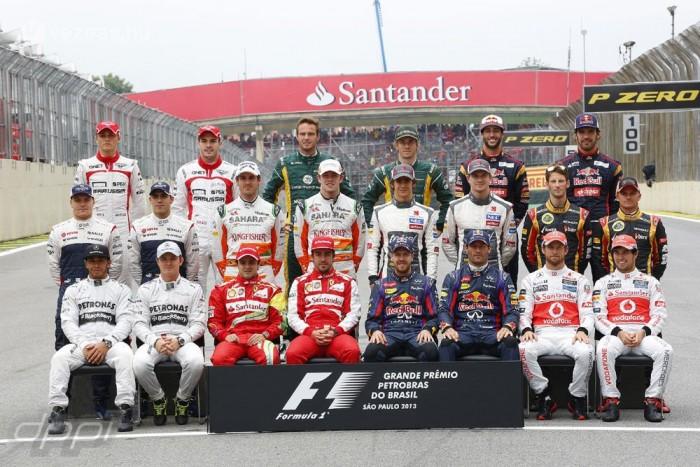 Csak az aktuális világbajnok válthat 1-esre, ha akar, mindenki más a kiválasztott számot viszi végig az F1-ben
