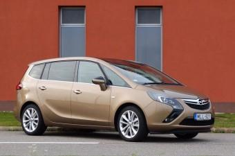 Okos családi Opel, új magyar motorral