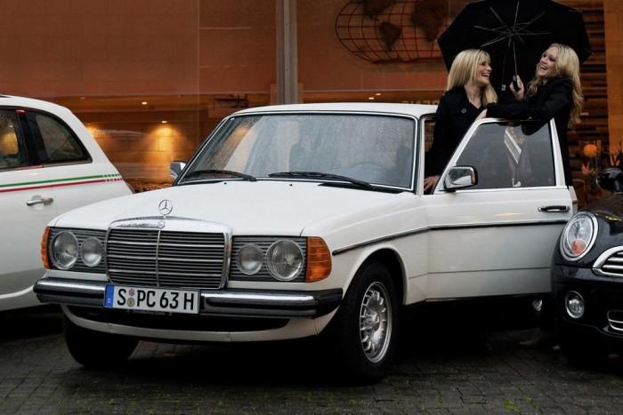 Egy autó nemcsak az ára, hanem kora és ritkasága miatt is érdemes lehet arra, hogy ne nyüstöljük télen