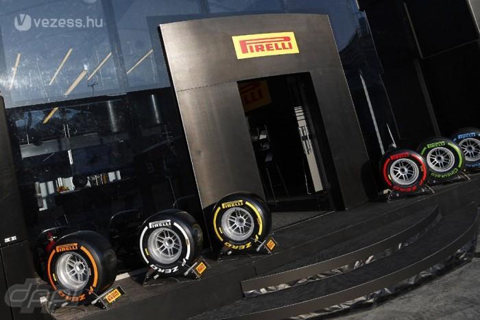 A Pirellit sokan nevezték meg a 2013-as szezon bűnbakjának, Alonso, és Webber is kikelt az olasz gyártó ellen, de el kell ismerni, hogy az év közbeni tesztelés megszüntetése miatt került nehéz helyzetbe az ismert abroncsmárka!