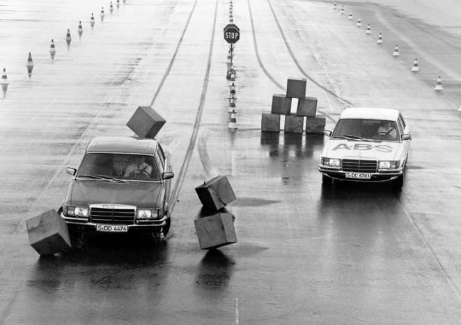 ABS - 1964-ben elkészült az első generációs blokkolásgátló, amelynek megbízhatósága még nem teljes. Azonban 1978-ra megkezdődik a blokkolásgátló fékrendszerek sorozatgyártása (a Mercedes-Benz és a BMW számára), immár tökéletesen megbízható rendszerrel. 1981-re elkészül a százezredik ABS.