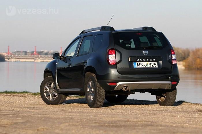 Kompakt, könnyen kezelhető méretű a Dacia Duster