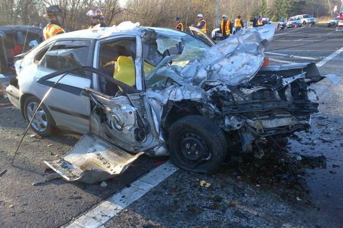 Craig R. Johnson túlélte az ütközést, ám sérüléseibe még a helyszínen belehalt.