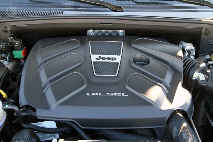 Kulturált járású hathengeres dizelmotor mozgatja a Jeep-et