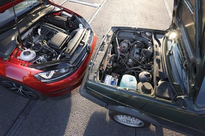 Masszív 90 lóerőt présel ki az 1,8 literből a Golf II, feltöltés nélkül. A Golf VII-esben az 1,2-es motor 105 lóerőt tud a turbó hatására