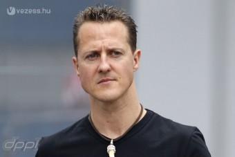 Őrület: Álruhás behatoló Schumachernél