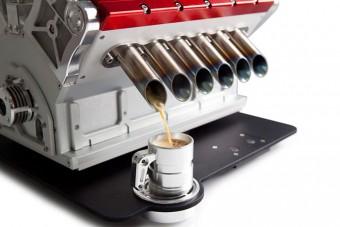V12-es kávéfőző, ami elűzi a másnapot