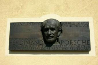 Újranyit szülőfalujában a Porsche-múzeum