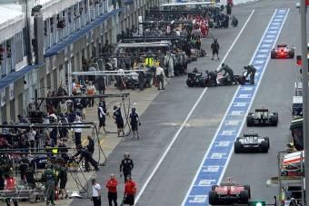 F1: Amerikai, szerb, román csapat?