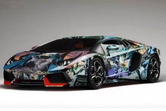 Hány szuperhős fér el egy Lamborghinin?