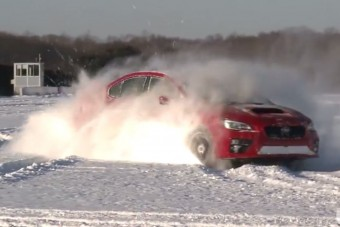 Kegyetlenül vágja a havat az új Subaru