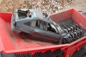 Autóevő szörnyetegek, egyenesen a pokolból!
