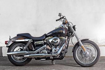 Döbbenetes áron kelt el a pápa Harleyja
