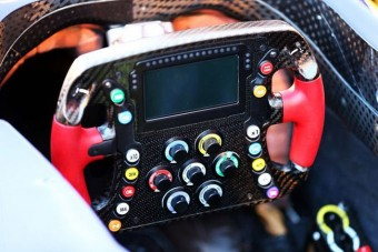 Okostelefon-élmény az új F1-es autókban