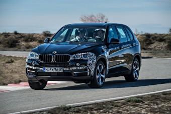 Exkluzív - Vezettük a BMW X5 hibridjét