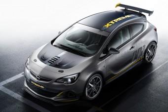 Opel Astra OPC Extreme: könnyű lábú fenevad