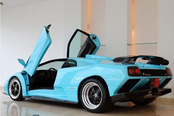 Ritka Lamborghini a pokolból