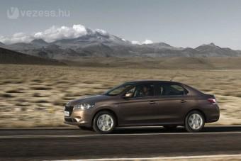 Peugeot 301 - Kompakt szedán a világnak (X)