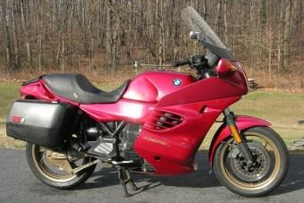 A motorkerékpár jobb, mint a Viagra!
