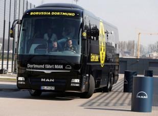 Amikor a focisták buszt vezetnek