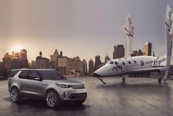 Elhagyja a Földet a Land Rover