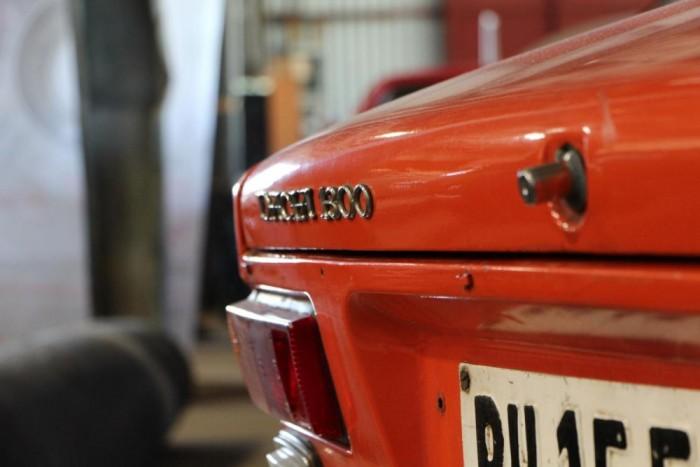 Jó öreg 1300-as Dacia, a szomszédos Románia autóiparának egyik legnagyobb számban gyártott típusa.
