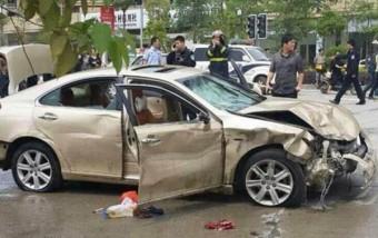 A tömegbe hajtott, hat gyalogost ölt meg egy autós