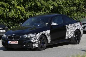 Célegyenesben a BMW M2