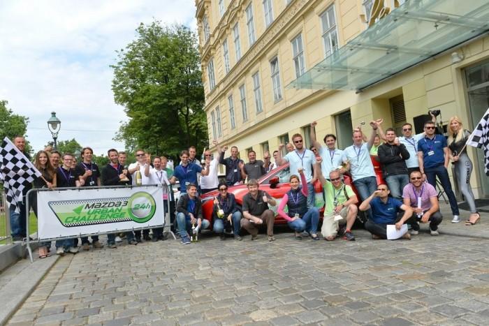 Osztrák, román, szerb-horvát, szlovén és magyar újságírócsapat küzdött egymás ellen a megspórolt centiliterekért Bécsben, 24 órán át