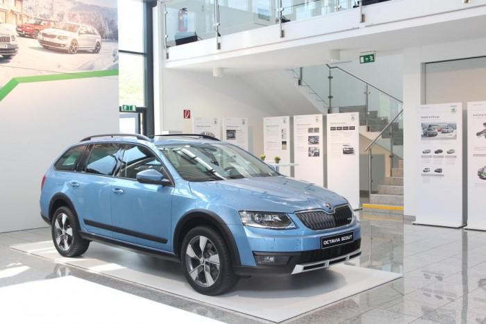 Hamarosan érkezik a Skoda Octavia Scout is, a gyártó legnépszerűbb modelljének földutakra termett verziója