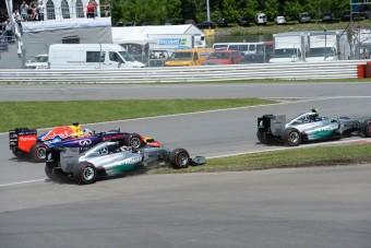 F1: Hamilton üzent Rosbergnek a rajt miatt