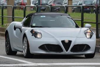 Targatetővel jön az Alfa roadstere