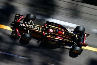 F1: Kirúgás járt a melegezésért