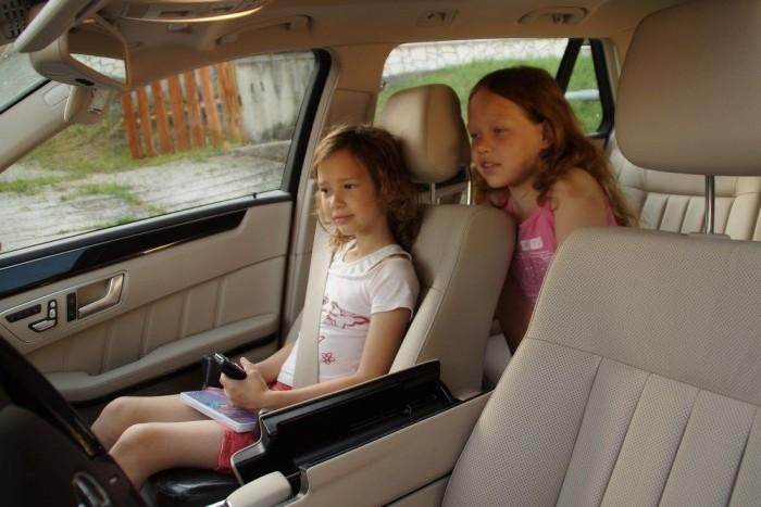 A világ legjobb autója mindig az, amelyikben meg lehet nézni egy hercegnős mesét