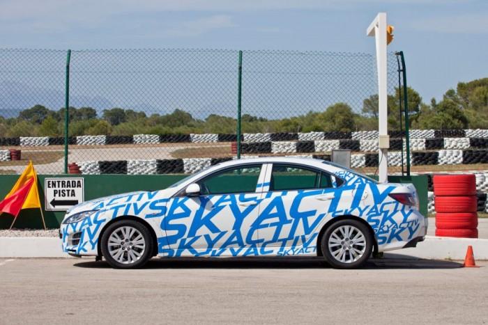 2011-ben egy kifutó Mazda6-ba építve a gyár megmutatta, mire készül új fejlesztéseivel. Azóta a Skyactiv-technika az összes új generációs Mazdában megtalálható, a takarékosságnak nem feltétele egy feláras kivitel megvásárlása