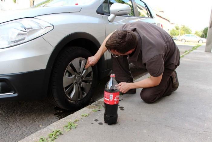 Kibuggyant vér felmosásán kívül a kóla az autókozmetikázásban is hasznos társunk