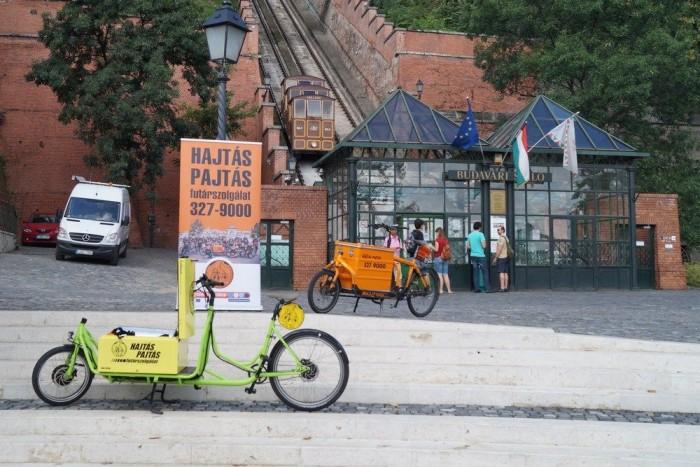 Egyelőre majdnem olyan különleges és ritka közlekedési eszköz Budapesten, mint a Sikló, de ez alighanem gyorsan megváltozik