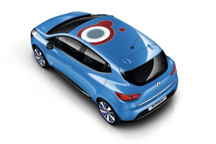 Csenget a kassza az autót egyedivé tevő matricák, dekorációs elemek eladása után. Jó példa ennek kihasználására az Opel Adam, MINI és a FIAT 500