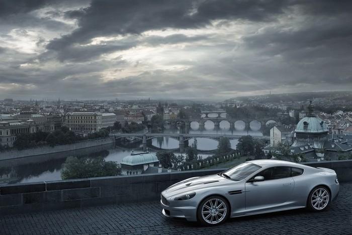 10.- Aston Martin DB9