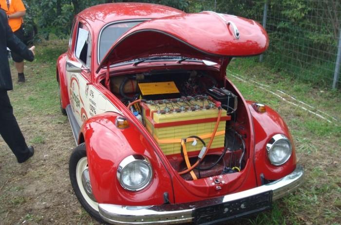 A miskolciak VW Bogarában elől hátul akkumulátor van