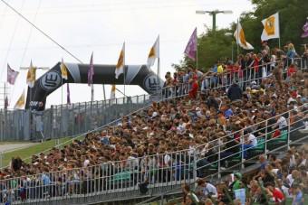 Ingyenes utazás a hétvégén a Hungaroringre