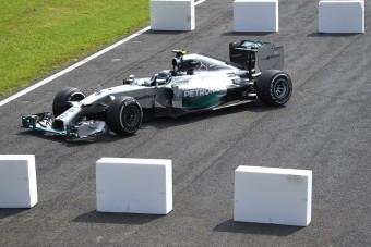 F1: Nem lesz ügy Rosberg hibájából