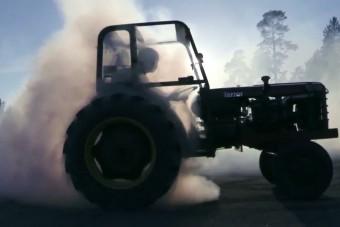 A terror-traktor visszatér!