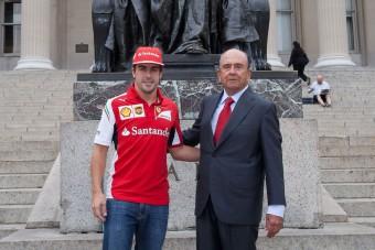F1: Meghalt Alonso mecénása