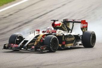 F1: Idén már csak szenvedni fog a Lotus