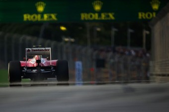 F1: Szingapúrban már tesztelni fog a Ferrari