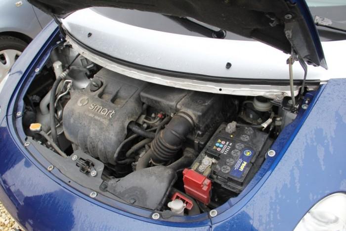 Minden benzines motor a Mitsubishi terméke. Élénk és pörgős motorok, hosszú élettartamú láncos szelepvezérléssel