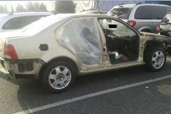 Ajtó nélküli autóval kapcsolták le a rendőrök